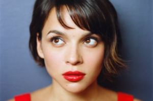 MISS NORAH JONES 1