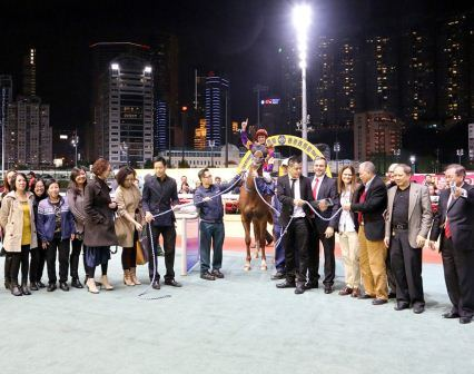 THE ZAC ATTACK SLAYS THEM AND HONG KONG RACING SETS A NEW STANDARD 5