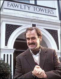 THE FAWLTY TOWERS ISSUE 16
