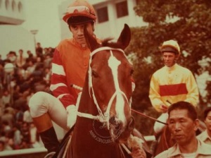 TONY-CRUZ-THE-BRUCE-LEE-OF-HONG-KONG-RACING-10