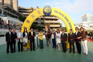 TONY-CRUZ-THE-BRUCE-LEE-OF-HONG-KONG-RACING-15