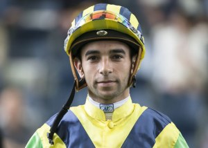 Handsome Jockeys 3
