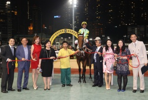 HAPPY VALLEY AND HORSES FOR COURSES 12