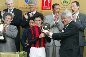 longines-hkir-the-week-that-wakes-up-a-city-1